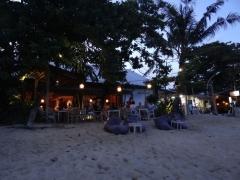 サヌール海岸のレストラン (4)