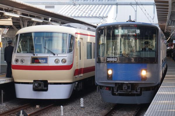 2016-03-21 西武10105F 20152F