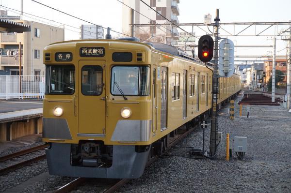 2016-03-22 西武2007F 各停西武新宿行き 5636レ