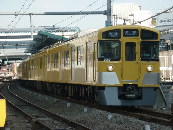 2015-03-28 西武2069F 各停所沢行き