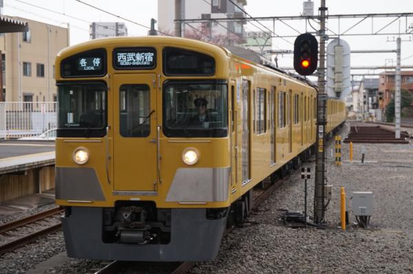 2016-03-31 西武2083F 各停西武新宿行き 5832レ