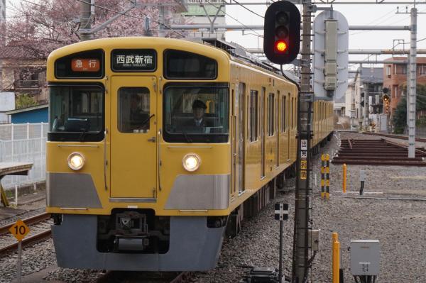 2016-03-31 西武2507F+2047F 急行西武新宿行き1 2672レ
