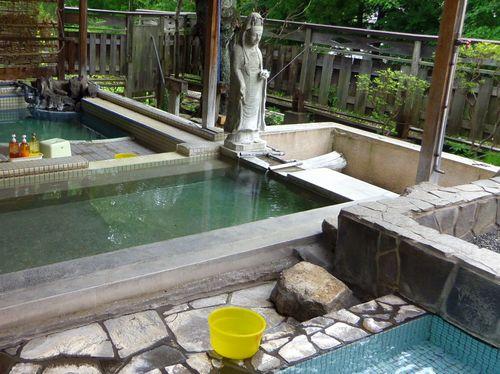 湯野上温泉清水屋旅館9露天風呂全景