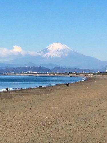 2016.1.1辻堂から富士山を望む