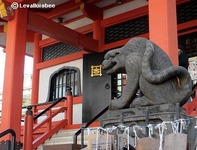 神楽坂の毘沙門天を護る狛犬ならぬ虎REVdownsize
