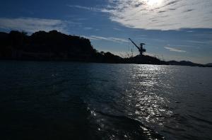 船から見た尾道の海