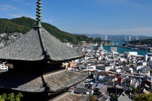 天寧寺三重の塔と尾道の町