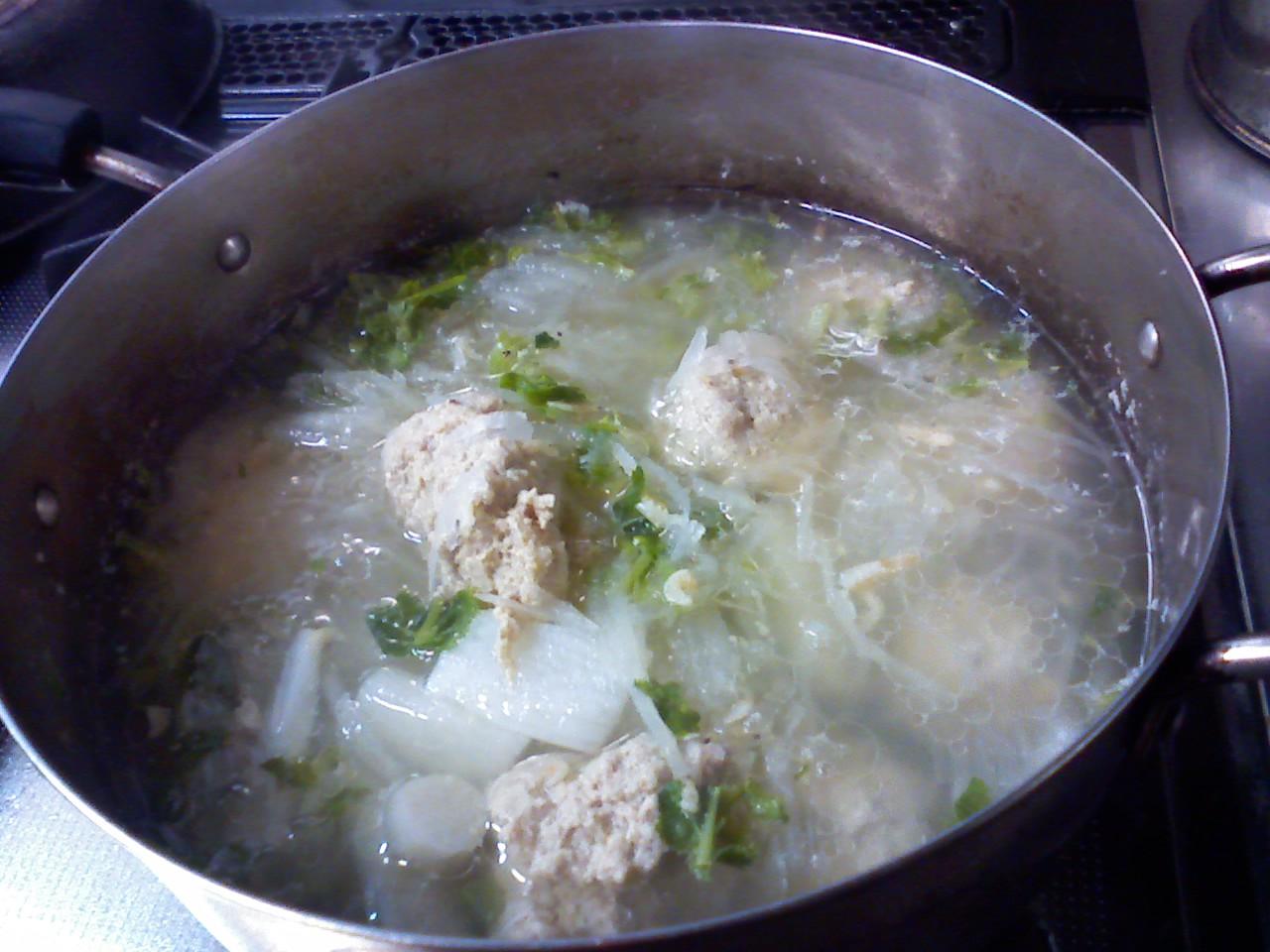 肉団子と大根のスープ