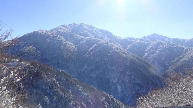 剣山を再度見上げる