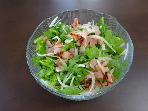 20160303 春菊とカリカリベーコンのサラダ