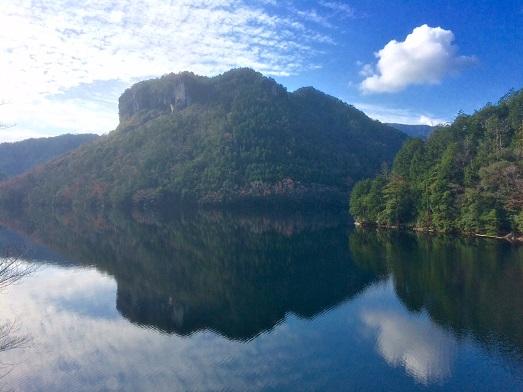 鳳来湖満水