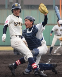 160323-18鹿高専本塁アウト_035