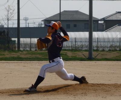 P3201969県庁球友先発高島投手