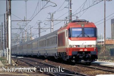 FS-E402A-002.jpg