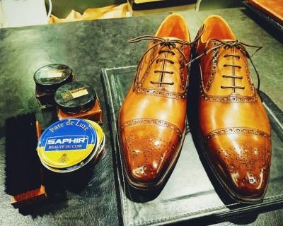 1459166972200アメーバブログ 靴磨き2