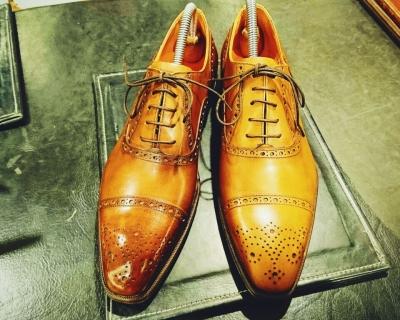 1459166966023 アメーバブログ 靴磨き1