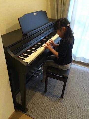 みは自宅ピアノ