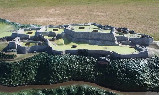 防空壕跡1