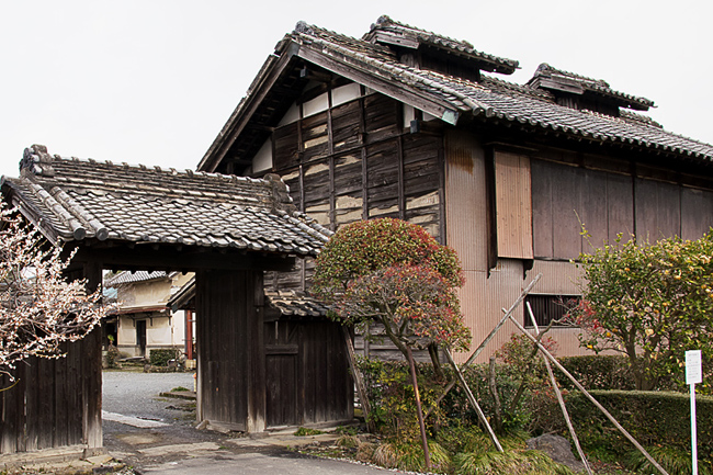 0045_isezaki_yaheitaku_DSC_2263+.jpg