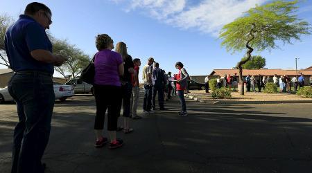 アリゾナ州の予備選挙 56f2ba81c46188f13b8b4591_convert_20160330213236