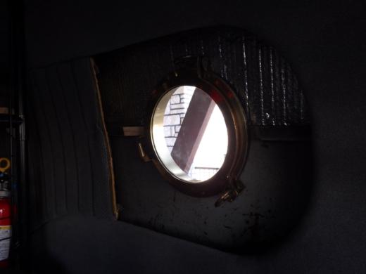 船用の窓取付 (84)