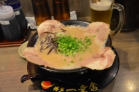 豚骨チャーシュー麺160204
