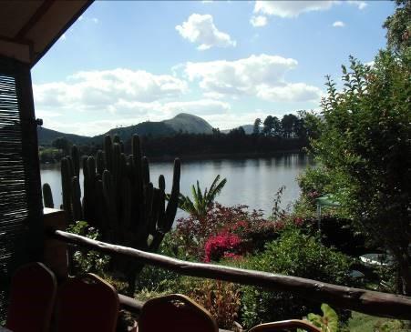湖と花のある保養地マダガスカル(2)