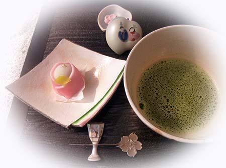 おひな様・お抹茶
