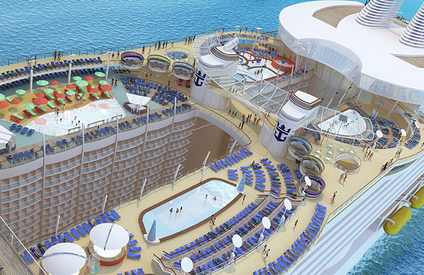 Allure_Of_The_Seas_pool.jpg