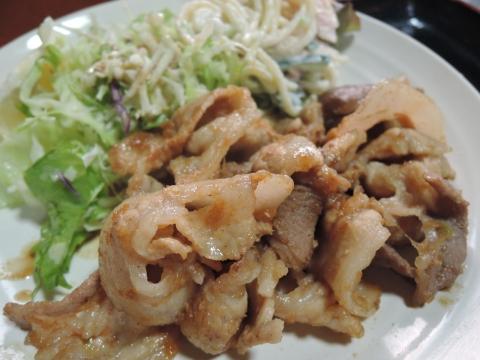 「わらび」生姜焼き定食①