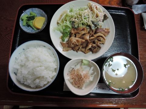 「わらび」生姜焼き定食②