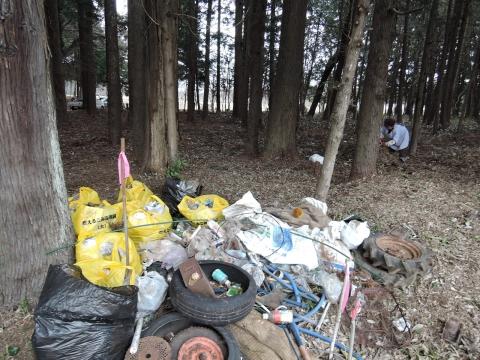 不法投棄禁止なのにどうしてゴミをすてるの?③