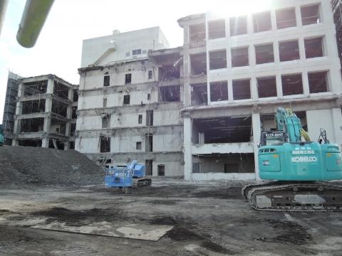 平成28年2月25日石岡市役所解体工事②