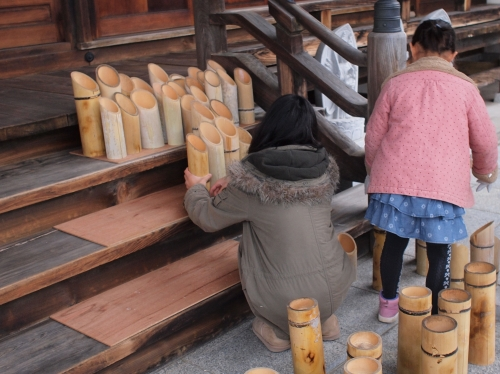 5000竹ロウソクと除夜の鐘H27003