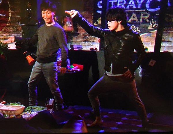 【怪盗山猫】亀梨和也と成宮寛貴が『青春アミーゴ』を全力で踊るwwwwwwww