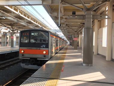 4国立駅到着0117