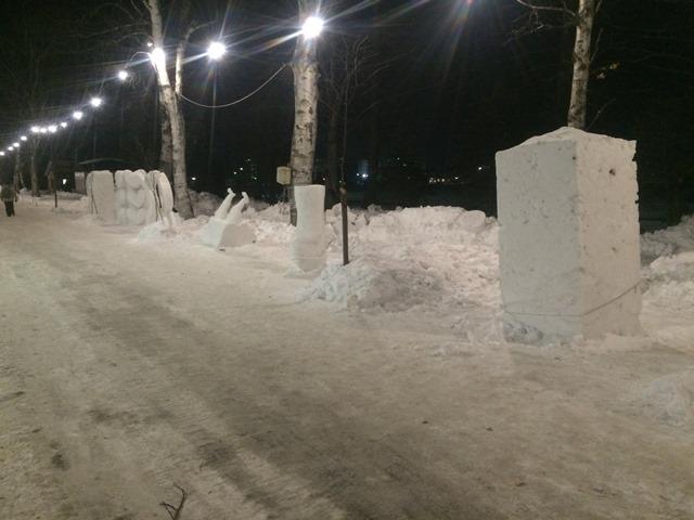 2016_ (4)小雪像 群