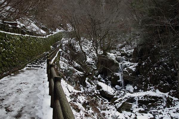 白猪の滝 160122 01