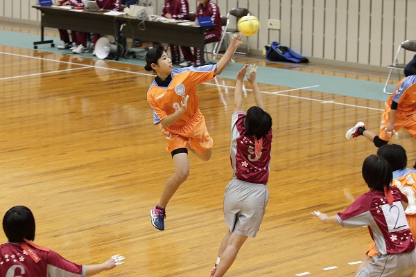 一年生大会女子決勝 今北-松東・東温 160214 01