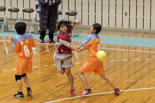一年生大会女子決勝 今北-松東・東温 160214 05