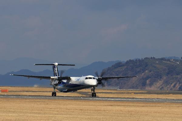 EH DHC-8-402Q JA462A RJOM 160208 01