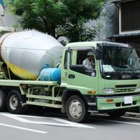 日本のミキサー車