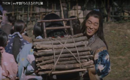 UのCM 三太郎シリーズ 「もらえる行列編」 の一寸法師