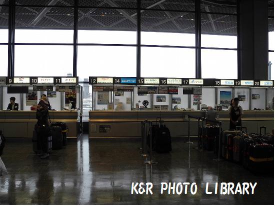7月16日成田空港チェックインカウンター1