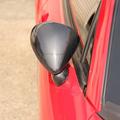 赤い車のエアロミラー