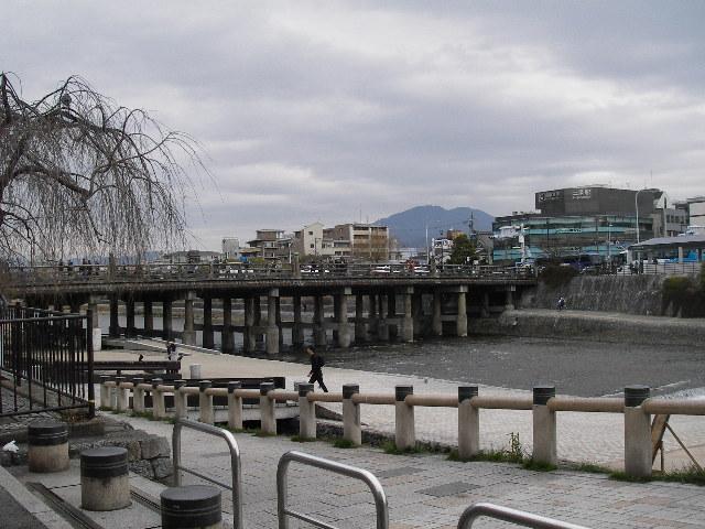 三条大橋201602