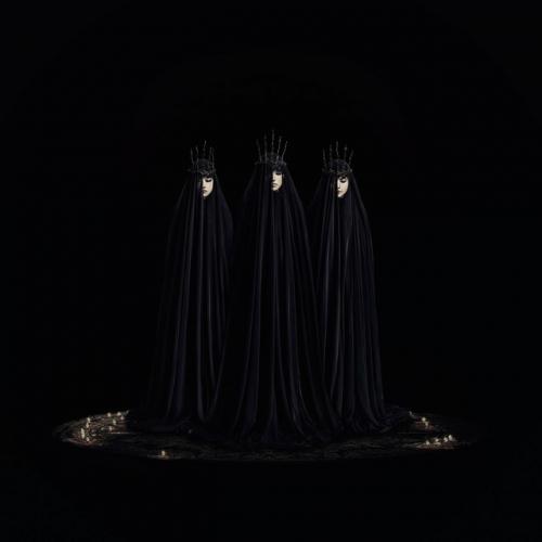 BABYMETAL、ニューアルバム『METAL RESISTANCE』の新ビジュアル解禁1
