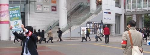 2016_0311桜木町駅署名活動1