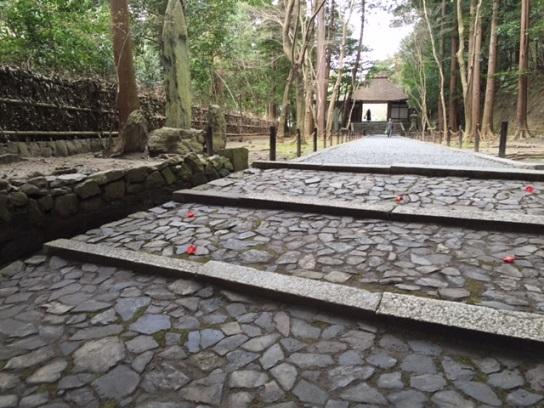法然院 山門へ通じる石段