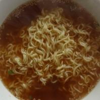 出来上がった麺とスープ